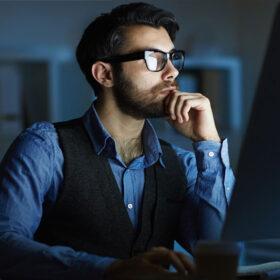 شب کاری در قانون کار چطور محاسبه می شود؟